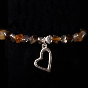 #250 Agate Cube And Hearts Bracelet