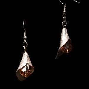 #295 Silver Plated Tulip With Gold Bead Earrings