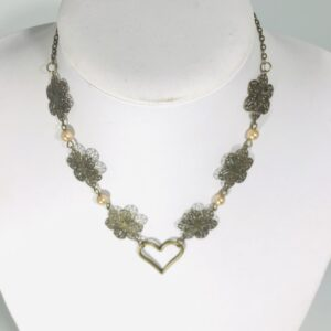 Bronze Daisy Chain And Pearl Necklace