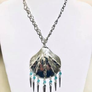 #387 Clam Necklace with Swarovski Crystals